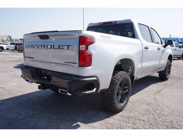 2020 Chevrolet Silverado 1500 Crew Cab 4x4, Pickup #103203 - photo 4