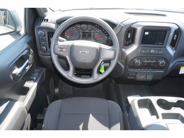 2020 Chevrolet Silverado 1500 Crew Cab 4x4, Pickup #103203 - photo 7