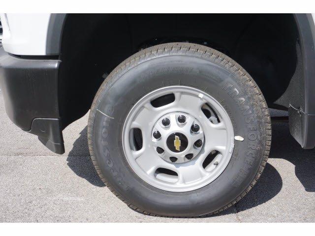 2020 Chevrolet Silverado 2500 Double Cab RWD, Cab Chassis #103259 - photo 15