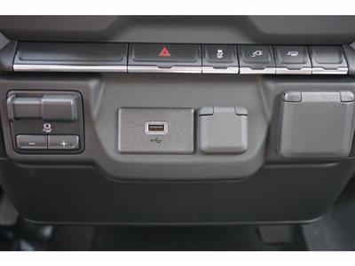 2020 Chevrolet Silverado 2500 Double Cab RWD, Cab Chassis #103259 - photo 18