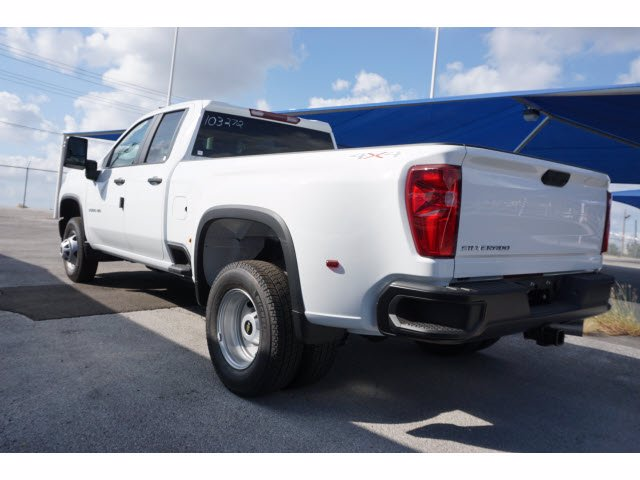 2020 Chevrolet Silverado 3500 Double Cab 4x4, Pickup #103272 - photo 2