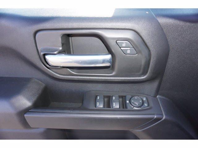 2020 Chevrolet Silverado 2500 Crew Cab 4x4, CM Truck Beds RD Model Platform Body #103300 - photo 13