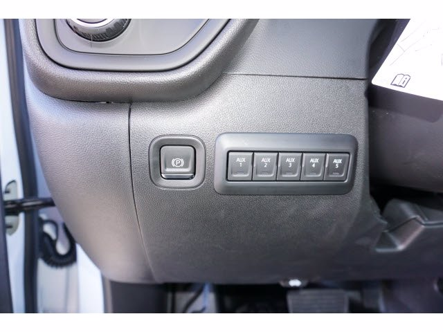 2020 Chevrolet Silverado 2500 Crew Cab 4x4, CM Truck Beds RD Model Platform Body #103300 - photo 15