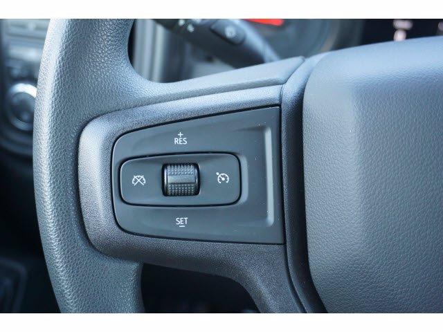 2020 Chevrolet Silverado 2500 Crew Cab 4x4, CM Truck Beds RD Model Platform Body #103300 - photo 20