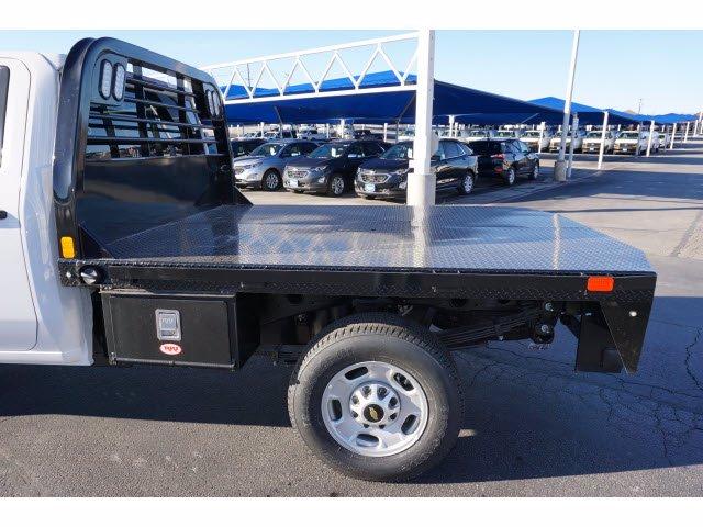 2020 Chevrolet Silverado 2500 Crew Cab 4x4, CM Truck Beds RD Model Platform Body #103300 - photo 9