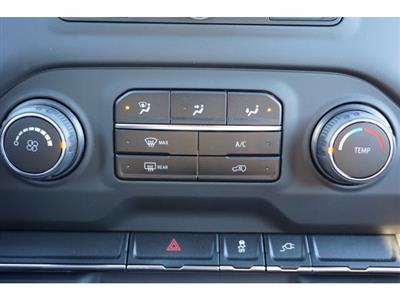 2020 Chevrolet Silverado 2500 Crew Cab 4x4, CM Truck Beds RD Model Platform Body #103300 - photo 18