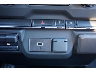 2020 Chevrolet Silverado 2500 Crew Cab 4x4, CM Truck Beds RD Model Platform Body #103300 - photo 19