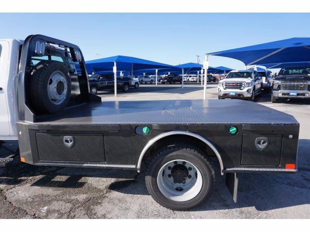2020 Chevrolet Silverado 5500 Crew Cab DRW 4x4, CM Truck Beds SK Model Platform Body #103327 - photo 8