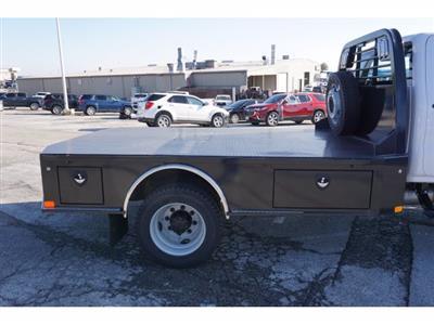2020 Chevrolet Silverado 5500 Crew Cab DRW 4x4, CM Truck Beds SK Model Platform Body #103327 - photo 4