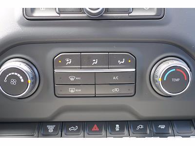 2020 Chevrolet Silverado 3500 Crew Cab 4x2, CM Truck Beds RD Model Platform Body #103329 - photo 17