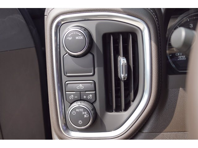 2020 Chevrolet Silverado 1500 Crew Cab 4x2, Pickup #103537 - photo 14