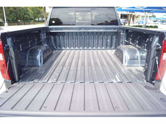 2020 Chevrolet Silverado 1500 Crew Cab 4x2, Pickup #103537 - photo 19