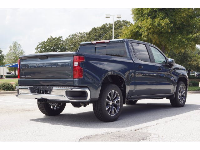 2020 Chevrolet Silverado 1500 Crew Cab 4x2, Pickup #103537 - photo 4