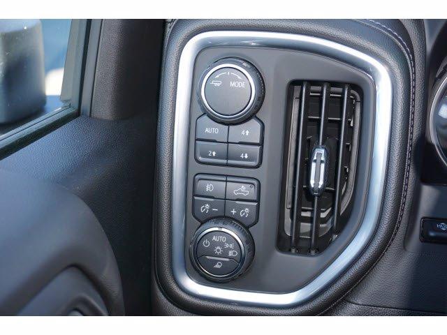 2021 Chevrolet Silverado 3500 Crew Cab 4x4, Pickup #110276 - photo 12