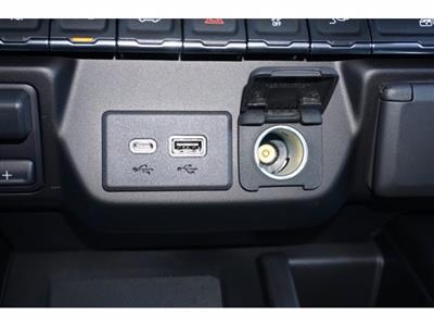 2021 Chevrolet Silverado 3500 Crew Cab 4x4, Pickup #110276 - photo 15
