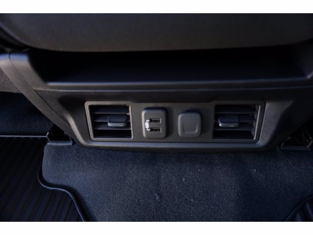 2021 Chevrolet Silverado 1500 Crew Cab 4x4, Pickup #110367 - photo 16