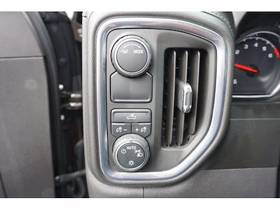 2021 Chevrolet Silverado 1500 Crew Cab 4x2, Pickup #110524 - photo 14