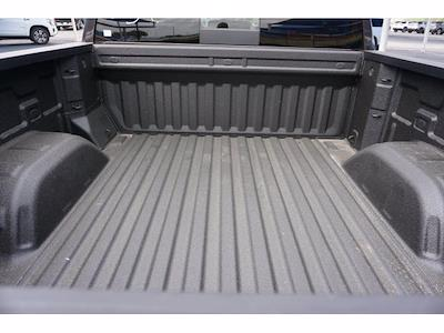 2021 Chevrolet Silverado 1500 Crew Cab 4x2, Pickup #110524 - photo 19
