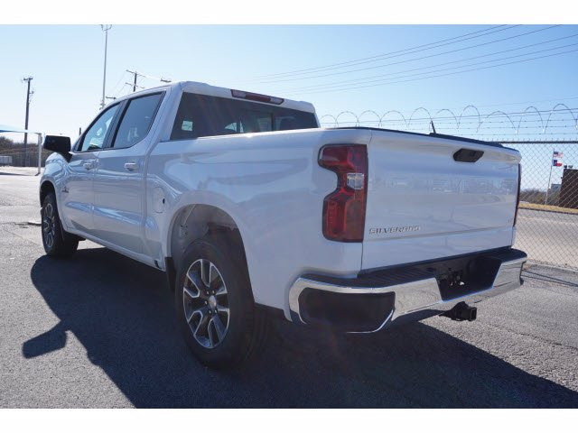 2021 Chevrolet Silverado 1500 Crew Cab 4x2, Pickup #110576 - photo 2