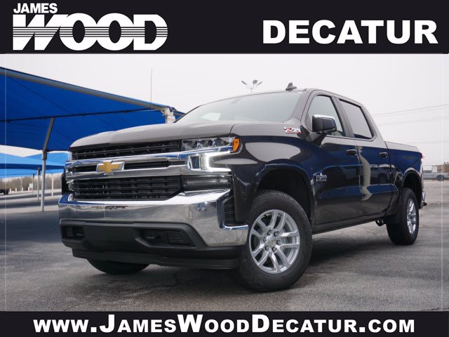 2021 Chevrolet Silverado 1500 Crew Cab 4x4, Pickup #110666 - photo 1