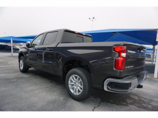2021 Chevrolet Silverado 1500 Crew Cab 4x4, Pickup #110666 - photo 2