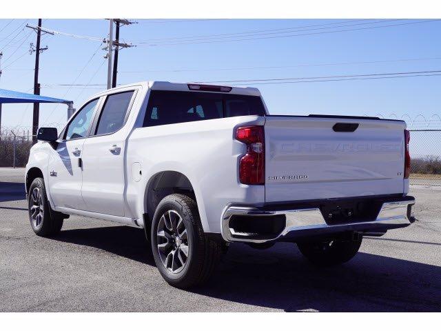 2021 Chevrolet Silverado 1500 Crew Cab 4x2, Pickup #110683 - photo 2