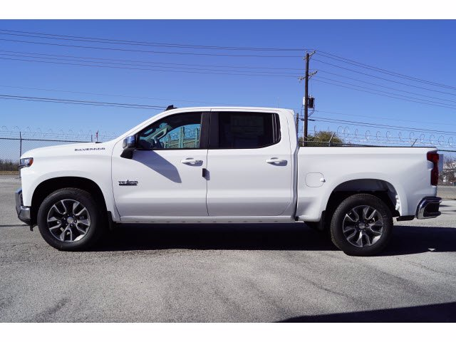 2021 Chevrolet Silverado 1500 Crew Cab 4x2, Pickup #110684 - photo 3