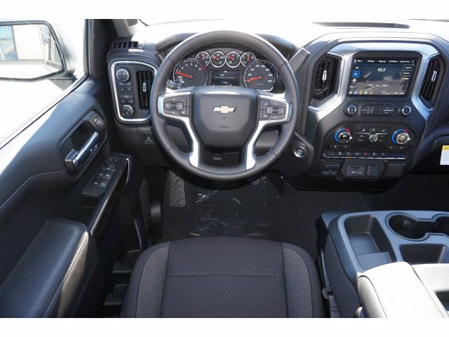 2021 Chevrolet Silverado 1500 Crew Cab 4x4, Pickup #110688 - photo 7