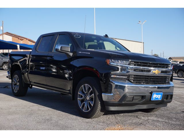 2021 Chevrolet Silverado 1500 Crew Cab 4x2, Pickup #110762 - photo 3