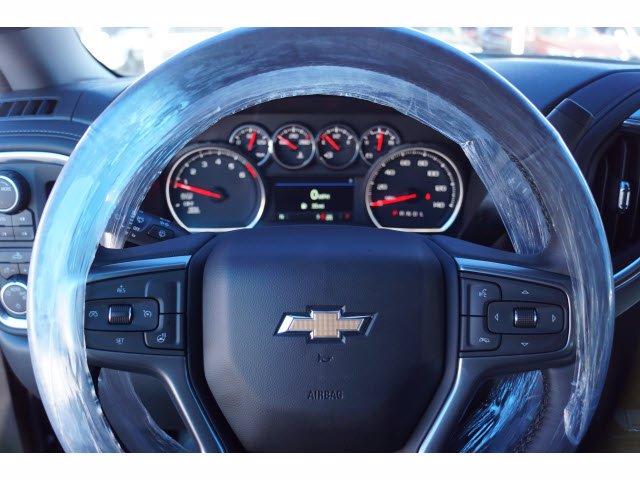 2021 Chevrolet Silverado 1500 Crew Cab 4x4, Pickup #110810 - photo 12