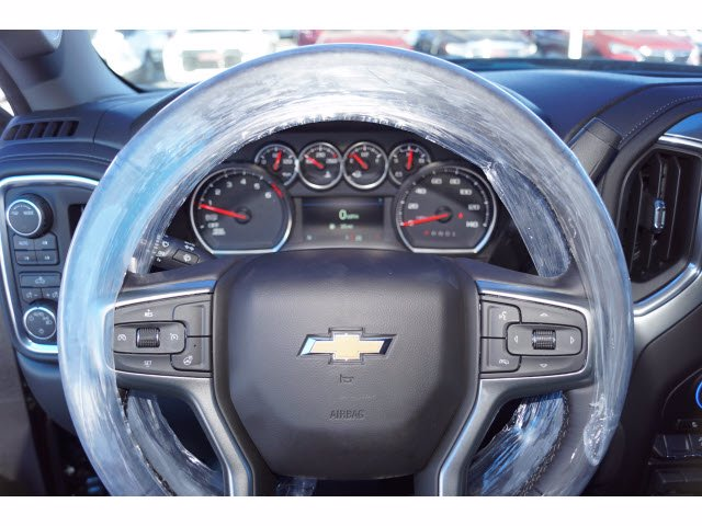2021 Chevrolet Silverado 1500 Crew Cab 4x4, Pickup #110810 - photo 5