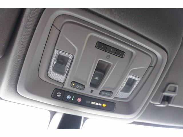 2021 Chevrolet Silverado 1500 Crew Cab 4x2, Pickup #110822 - photo 18