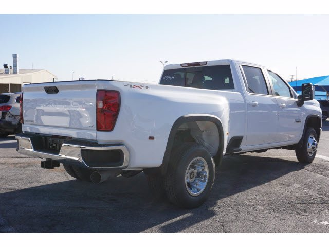 2021 Chevrolet Silverado 3500 Crew Cab 4x4, Pickup #110964 - photo 4