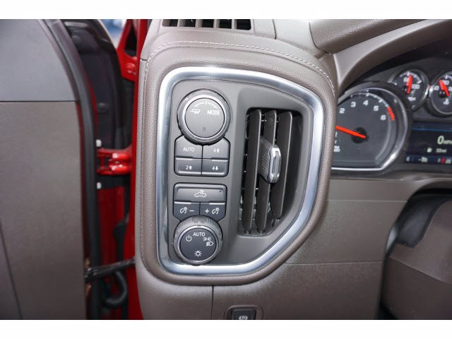 2021 Chevrolet Silverado 1500 Crew Cab 4x4, Pickup #110984 - photo 14