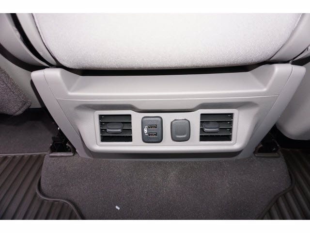 2021 Chevrolet Silverado 1500 Crew Cab 4x4, Pickup #110984 - photo 17
