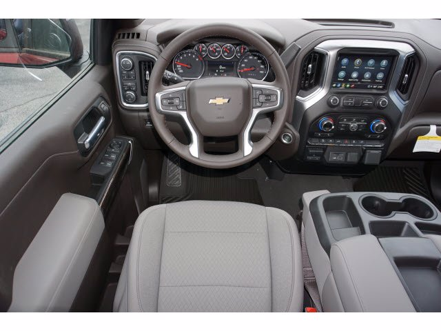 2021 Chevrolet Silverado 1500 Crew Cab 4x4, Pickup #110984 - photo 7