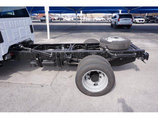 2021 Chevrolet Silverado 4500 Regular Cab DRW 4x2, Cab Chassis #111003 - photo 9