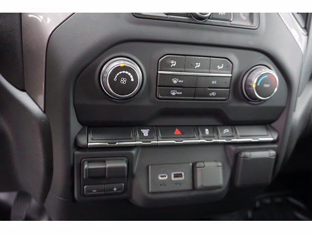 2021 Chevrolet Silverado 3500 Crew Cab AWD, CM Truck Beds Dealers Truck Platform Body #111175 - photo 10