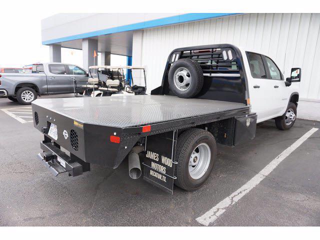 2021 Chevrolet Silverado 3500 Crew Cab AWD, CM Truck Beds Dealers Truck Platform Body #111175 - photo 4