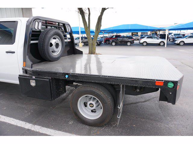 2021 Chevrolet Silverado 3500 Crew Cab AWD, CM Truck Beds Dealers Truck Platform Body #111175 - photo 5