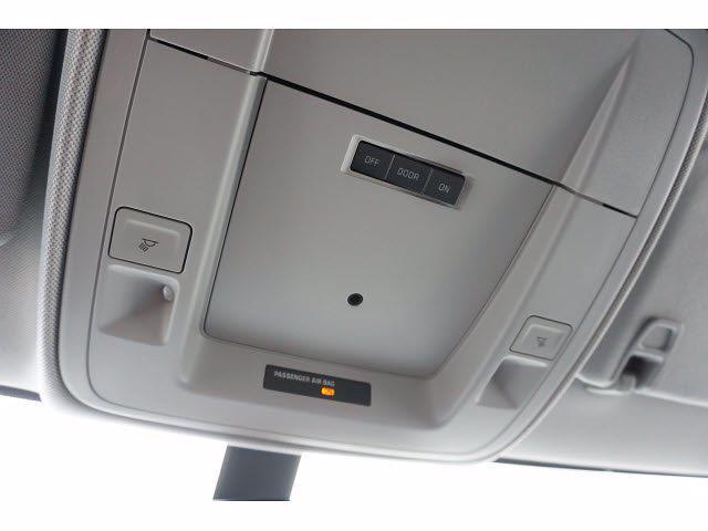 2021 Chevrolet Silverado 5500 Crew Cab DRW 4x2, Cab Chassis #111218 - photo 20