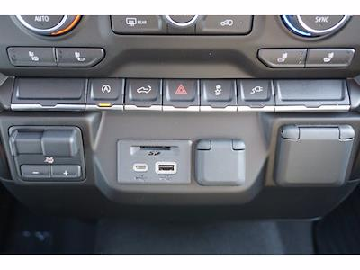 2021 Chevrolet Silverado 1500 Crew Cab 4x2, Pickup #111263 - photo 11