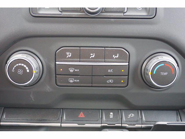 2021 Chevrolet Silverado 3500 Crew Cab AWD, Knapheide PGNB Gooseneck Platform Body #111315 - photo 18
