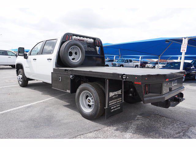 2021 Chevrolet Silverado 3500 Crew Cab AWD, Knapheide PGNB Gooseneck Platform Body #111315 - photo 2