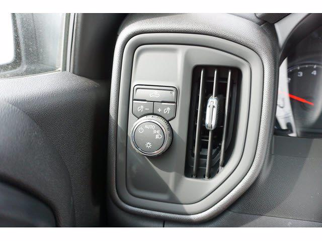 2021 Chevrolet Silverado 1500 Crew Cab 4x2, Pickup #111357 - photo 20