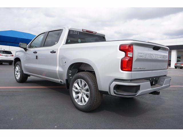 2021 Chevrolet Silverado 1500 Crew Cab 4x2, Pickup #111357 - photo 2