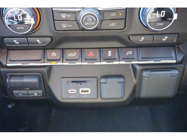 2021 Chevrolet Silverado 1500 Crew Cab 4x2, Pickup #111366 - photo 11