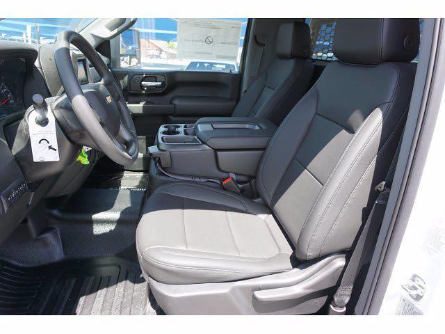 2021 Chevrolet Silverado 3500 Regular Cab AWD, Knapheide PGNB Gooseneck Platform Body #111427 - photo 11