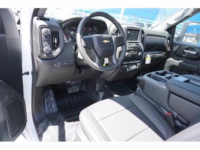 2021 Chevrolet Silverado 3500 Regular Cab AWD, Knapheide PGNB Gooseneck Platform Body #111427 - photo 10