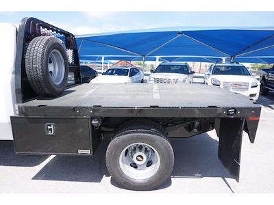 2021 Chevrolet Silverado 3500 Regular Cab AWD, Knapheide PGNB Gooseneck Platform Body #111427 - photo 9